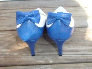 vintage blue bow shoes